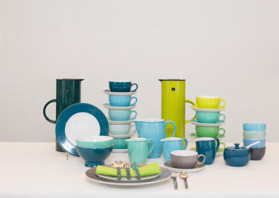 Porzellan Tassen & Teller